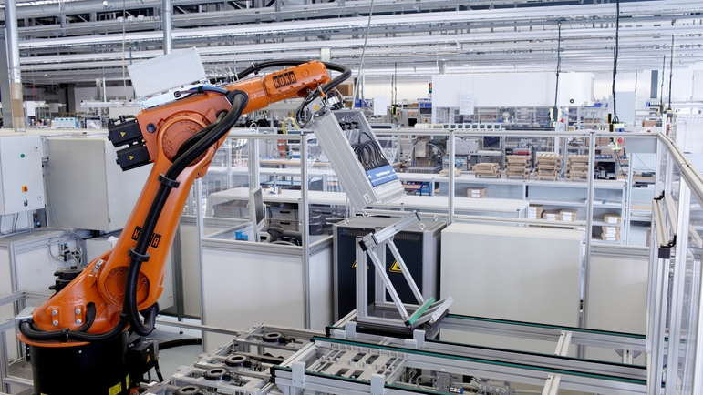 Fully automated machine guarantees consistently high quality sensing element